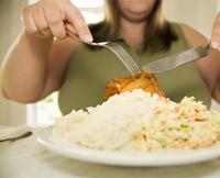 Сколько мы должны есть. Обжорство (переедание). Причины переедания. Что происходит при переедании. Вред переедания